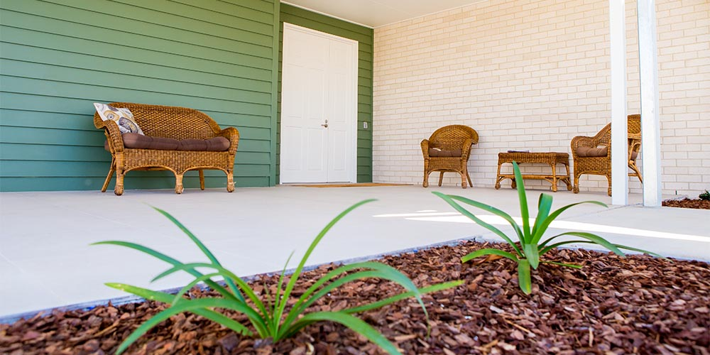 beauaraba_living_brookstead_and_pampas_houses_outdoor_sitting_area